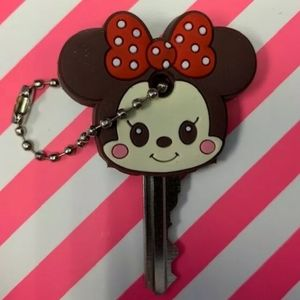 3/$20❤❤❤ Minnie Mouse Key Cover